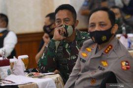 Gubernur Jawa Timur Bertemu KSAD dan Wakapolri
