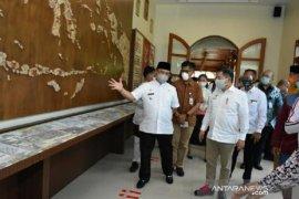Menteri PPN resmikan Galeri Budaya Cinta Alam Belitung