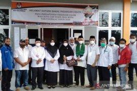 """Terapkan protokol kesehatan, pasangan """"MARI"""" daftar ke KPU Tanjungbalai"""