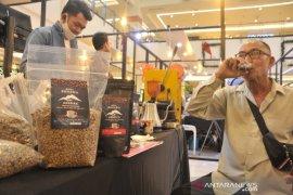 Puluhan pengusaha kopi ikuti Palembang Kopi Expo Page 1 Small