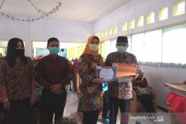 Ribuan pelajar di Kabupaten Rejang Lebong terima beasiswa Program Indonesia Pintar