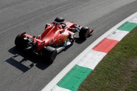 Ferrari sulit dikendarai di Monza