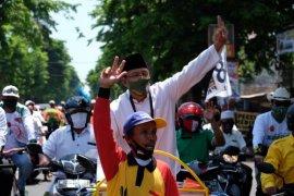 Pilkada Kota Pasuruan, Gus Ipul-Mas Adi santuni yatim sebelum daftar