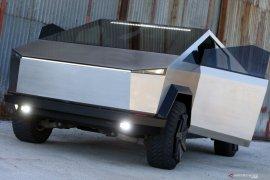Perusahaan IT Bosnia bikin Cybertruck  dari sasis Ford Raptor