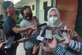 Pendaftaran pasangan Idris-Imam daftar sebagai peserta pilkada Depok tak kerahkan massa