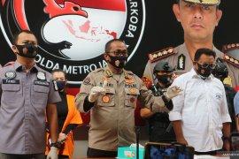Polisi kejar pemasok sabu-sabu Reza Artamevia