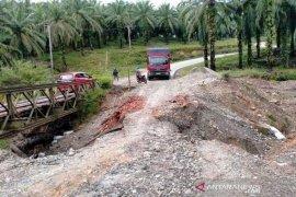 Jembatan putus, Pertamina pastikan stok dan penyaluran BBM aman di Bengkulu