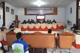 Pilkada Rejang Lebong, Empat paslon mendaftar ke KPU