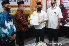 Video-Sabil didukung koalisi besar, KPU HST serahkan tanda terima pendaftaran