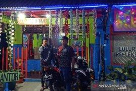 Satpol PP Kabupaten Cianjur segel tempat hiburan tanpa izin