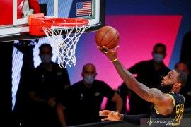 Lakers bermain imbang 1-1 dengan Rockets di semifinal Wilayah Barat
