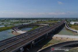 Peletakan batu pertama Simpang Susun Romokalisari ditunda