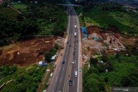 Penyesuaian tarif tol Cipularang dan Padaleunyi  ditunda Kementerian PUPR