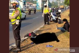 Seorang pejalan kaki tewas tertabrak motor