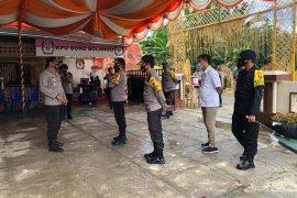 Kapolda Gorontalo tinjau penerapan protokol kesehatan di KPU Bone Bolango