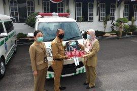 Pemerintah Kabupaten Bangka sediakan dua mobil ambulans pariwisata