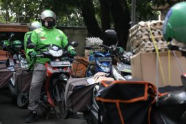 Warga Kabupaten Bandung mengaku terbantu dengan bansos dampak pandemi COVID-19