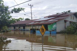 10 kecamatan di Kapuas Hulu dilanda banjir sejumlah rumah terendam