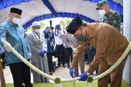 Peresmian pemanfaatan relokasi kantor Bank Kalsel dan ATM cabang Bank Kalsel Syariah