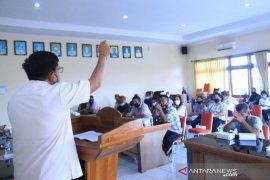 Bawaslu Bali beri pendidikan politik lewat Gerakan Desa Sadar Hukum