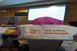 KPU Binjai kukuhkan 30 relawan demokrasi