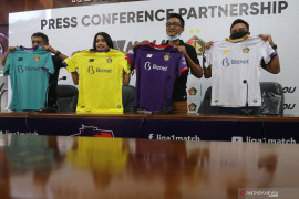 Persik Kediri gandeng Noij kenalkan jersey baru musim 2020