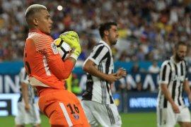 Alphonse Areola resmi dipinjam satu musim oleh Fulham