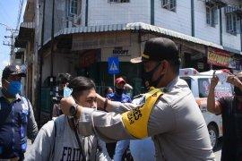 Polres Tebing Tinggi bagikan 23 ribu masker gratis