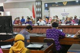 Wali Kota Kediri bahas strategi tingkatkan SAKIP menuju predikat A