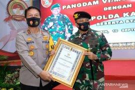 Pangdam VI/Mulawarman terima baret Kehormatan Harkamtibmas