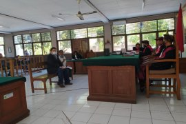 Di Bali,  Warga Irlandia dituntut 10 bulan penjara karena penganiayaan