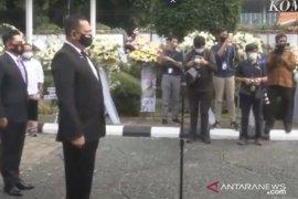 Ketua MPR  memimpin serah terima jenazah tokoh pers nasional Jakob Oetama