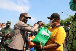 Polresta Deli Serdang bagikan 100.000 masker kepada  masyarakat