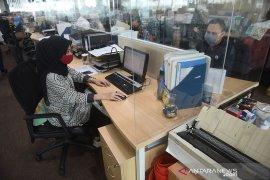 DKI Jakarta hanya bolehkan 11 sektor esensial  beroperasi saat PSBB total