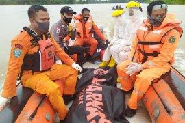 Warga Sungai Uluk ditemukan mengapung di Teluk Sindor