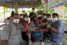 Jelang konferensi, PWI Asahan kampanye masker kepada wartawan