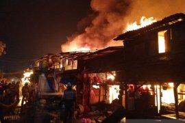 60 bangunan hangus terbakar di Jakarta Utara