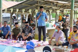 Bupati Asahan resmikan jalan Raja Tonga Desa Ledong Timur