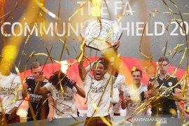 Aubameyang jadi pemain bergaji tertinggi di Arsenal (video)