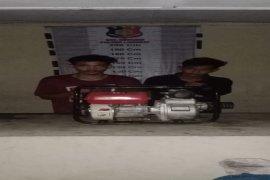 Polsek Pangkalan Brandan Langkat tangkap dua pencuri mesin air