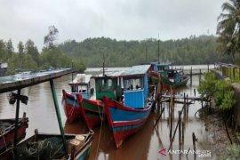 Terdampak COVID-19, pendapatan nelayan di Pantai Barat Madina menurun