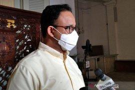 Anies Baswedan melanjutkan PSBB Jakarta