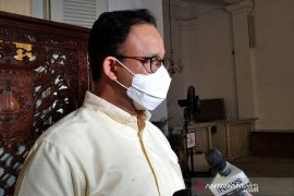 Gubernur DKI Jakarta: Pasien positif menolak diisolasi terpusat akan dijemput petugas