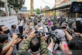 Menteri PMK minta warga Muhammadiyah pelopor gerakan  pakai masker