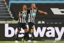 Newcastle bawa tiga poin dari markas West Ham usai menang 2-0
