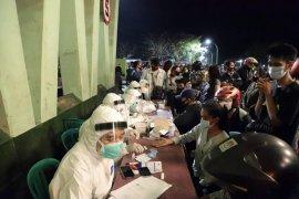 70 persen kasus COVID-19 di Surabaya terjadi pada anak muda