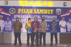 Ketua DPRD sampaikan puisi untuk Danlanal Kotabaru