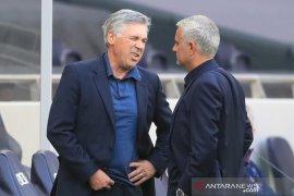 Ancelotti: Menang lawan Tottenham bukti Everton bisa bersaing