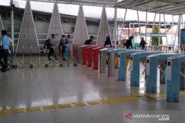Hari pertama PSBB DKI, penumpang KRL dari Stasiun Bogor lancar
