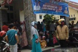 Warga padati Kantor Disperindag Aceh Tengah daftar bantuan UMKM Rp2,4 juta